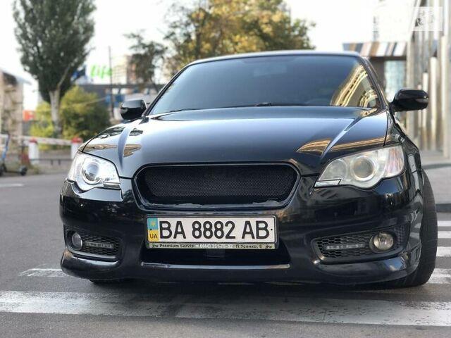 Черный Субару Легаси, объемом двигателя 2 л и пробегом 198 тыс. км за 8999 $, фото 1 на Automoto.ua