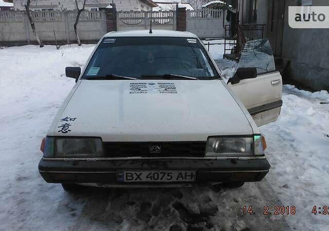 Белый Субару Леон, объемом двигателя 1.8 л и пробегом 200 тыс. км за 1500 $, фото 1 на Automoto.ua