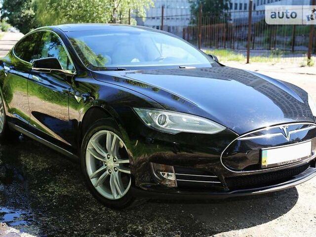 Черный Тесла Модель С, объемом двигателя 0 л и пробегом 70 тыс. км за 34000 $, фото 1 на Automoto.ua