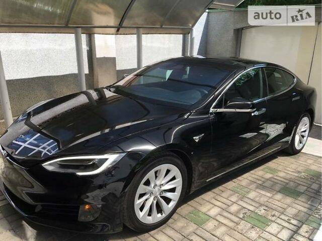 Черный Тесла Модель С, объемом двигателя 0 л и пробегом 15 тыс. км за 75000 $, фото 1 на Automoto.ua
