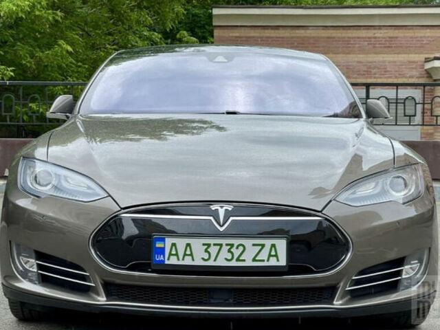 Коричневый Тесла Модель С, объемом двигателя 0 л и пробегом 89 тыс. км за 36000 $, фото 1 на Automoto.ua