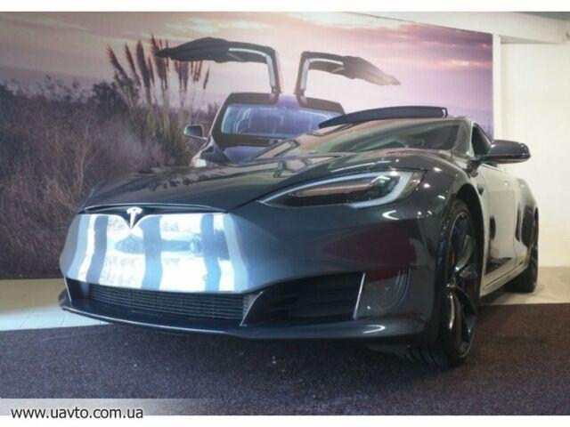 Серый Тесла Модель С, объемом двигателя 0 л и пробегом 14 тыс. км за 80953 $, фото 1 на Automoto.ua