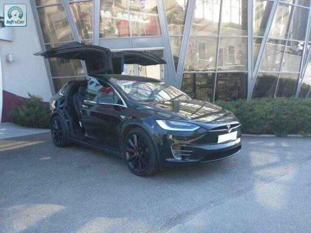 Черный Тесла Модель Х, объемом двигателя 0 л и пробегом 23 тыс. км за 120000 $, фото 1 на Automoto.ua