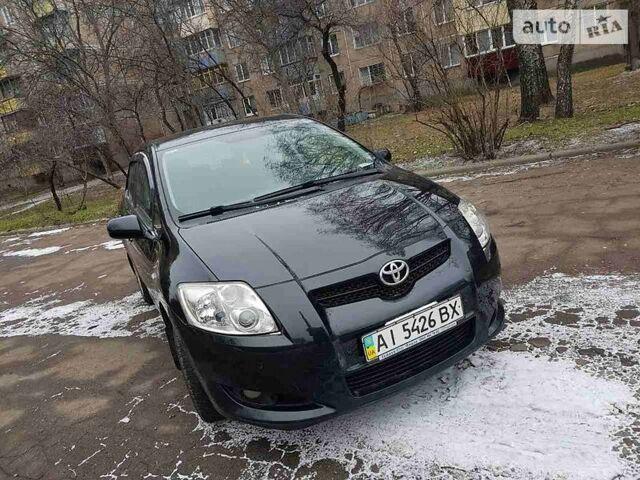 Черный Тойота Аурис, объемом двигателя 1.6 л и пробегом 150 тыс. км за 8500 $, фото 1 на Automoto.ua
