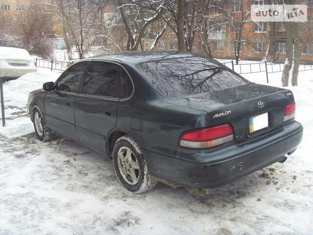 Тойота Авалон, объемом двигателя 3 л и пробегом 218 тыс. км за 5500 $, фото 1 на Automoto.ua