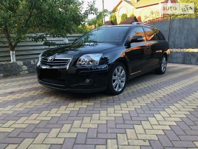 Черный Тойота Авенсис, объемом двигателя 2.2 л и пробегом 215 тыс. км за 7650 $, фото 1 на Automoto.ua
