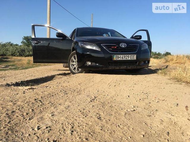 Черный Тойота Камри, объемом двигателя 2.4 л и пробегом 215 тыс. км за 11500 $, фото 1 на Automoto.ua