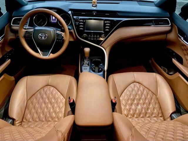 Черный Тойота Камри, объемом двигателя 2.5 л и пробегом 60 тыс. км за 26000 $, фото 1 на Automoto.ua