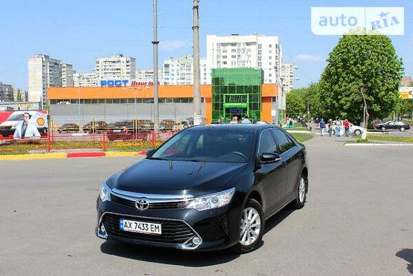 Черный Тойота Камри, объемом двигателя 2.5 л и пробегом 11 тыс. км за 27000 $, фото 1 на Automoto.ua