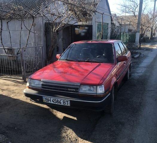 Красный Тойота Карина, объемом двигателя 2 л и пробегом 400 тыс. км за 2500 $, фото 1 на Automoto.ua