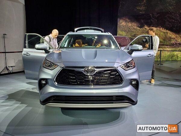 Тойота Хайлендер, объемом двигателя 3.5 л и пробегом 0 тыс. км за 50149 $, фото 1 на Automoto.ua
