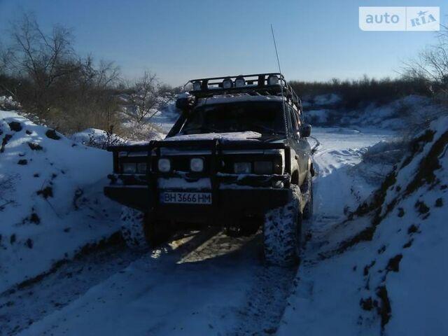 Асфальт Тойота Ленд Крузер 60, объемом двигателя 4.2 л и пробегом 69 тыс. км за 9000 $, фото 1 на Automoto.ua