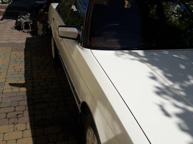 Белый Тойота Марк 2, объемом двигателя 2 л и пробегом 175 тыс. км за 1000 $, фото 1 на Automoto.ua