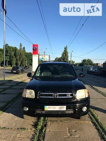 Черный Тойота Секвойя, объемом двигателя 4.7 л и пробегом 246 тыс. км за 14900 $, фото 1 на Automoto.ua