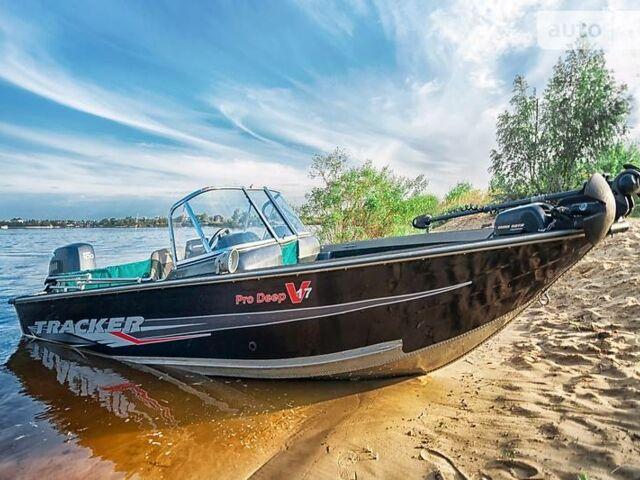 Черный лодка Трекер Про Дип, объемом двигателя 0.1 л и пробегом 100 тыс. км за 15500 $, фото 1 на Automoto.ua