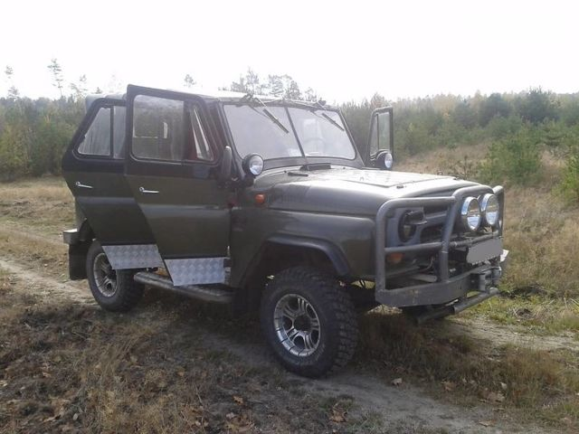 Зеленый УАЗ 3151201, объемом двигателя 2.5 л и пробегом 30 тыс. км за 3800 $, фото 1 на Automoto.ua