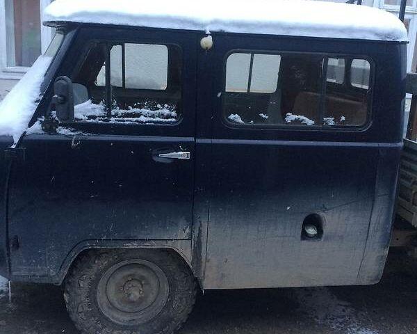 Синий УАЗ 39094, объемом двигателя 3 л и пробегом 120 тыс. км за 3100 $, фото 1 на Automoto.ua