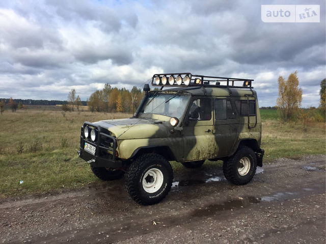 Зеленый УАЗ 469, объемом двигателя 2.4 л и пробегом 1 тыс. км за 4500 $, фото 1 на Automoto.ua