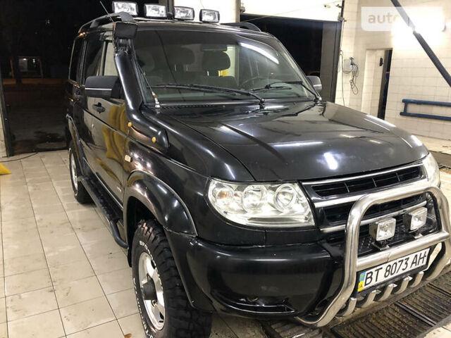 Черный УАЗ Патриот, объемом двигателя 2.7 л и пробегом 230 тыс. км за 4800 $, фото 1 на Automoto.ua