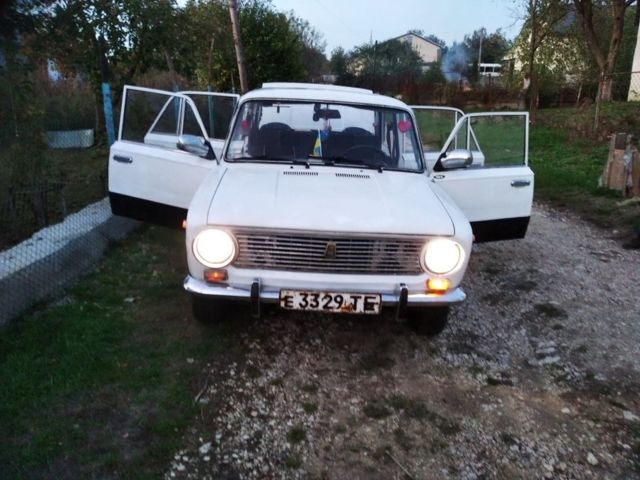 Белый ВАЗ 2101, объемом двигателя 13 л и пробегом 1 тыс. км за 571 $, фото 1 на Automoto.ua
