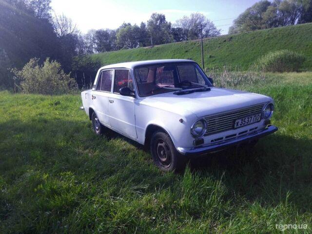 Белый ВАЗ 2101, объемом двигателя 0 л и пробегом 8 тыс. км за 562 $, фото 1 на Automoto.ua