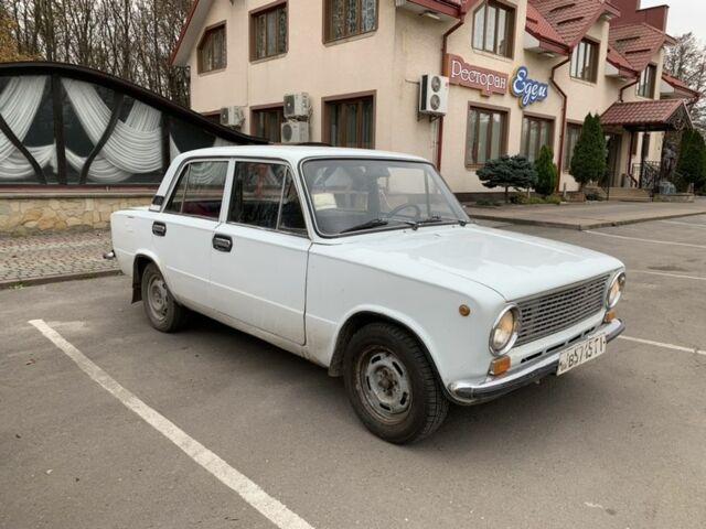 Белый ВАЗ 2101, объемом двигателя 12 л и пробегом 1 тыс. км за 800 $, фото 1 на Automoto.ua