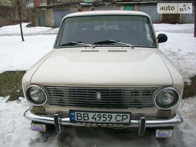 Белый ВАЗ 2101, объемом двигателя 1.2 л и пробегом 30 тыс. км за 800 $, фото 1 на Automoto.ua