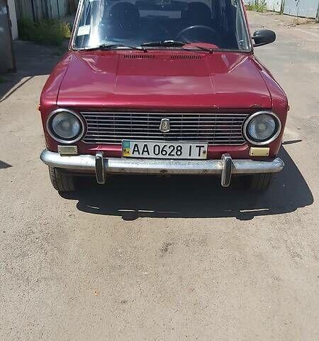 Красный ВАЗ 2101, объемом двигателя 0 л и пробегом 130 тыс. км за 879 $, фото 1 на Automoto.ua