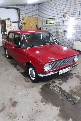 Красный ВАЗ 2101, объемом двигателя 1.2 л и пробегом 89 тыс. км за 1150 $, фото 1 на Automoto.ua