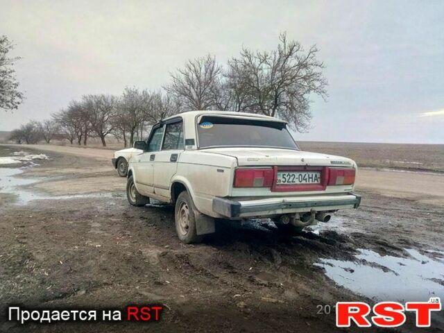 Белый ВАЗ 2105, объемом двигателя 1.3 л и пробегом 1 тыс. км за 700 $, фото 1 на Automoto.ua
