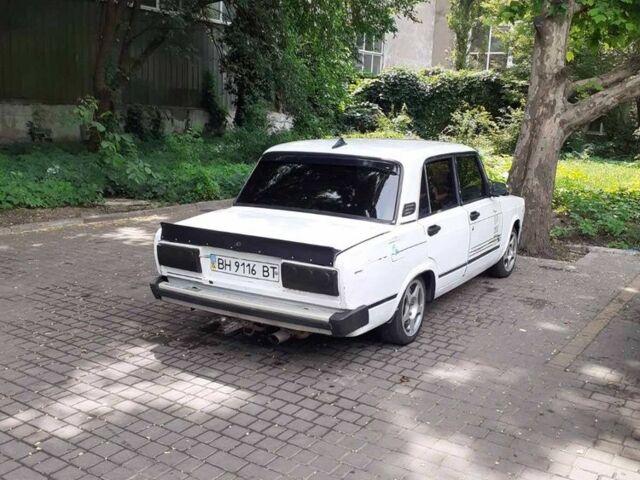 Белый ВАЗ 2105, объемом двигателя 1.5 л и пробегом 123 тыс. км за 1100 $, фото 1 на Automoto.ua