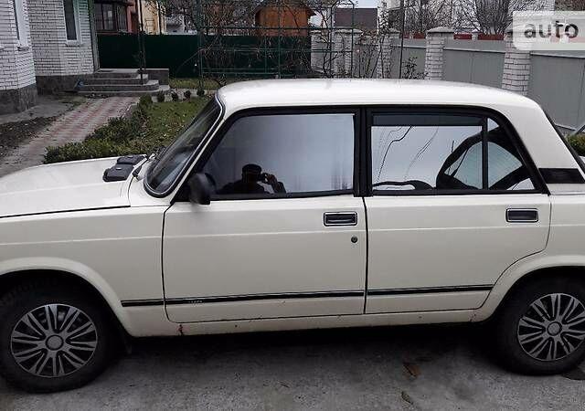 Белый ВАЗ 2105, объемом двигателя 1.5 л и пробегом 58 тыс. км за 1500 $, фото 1 на Automoto.ua