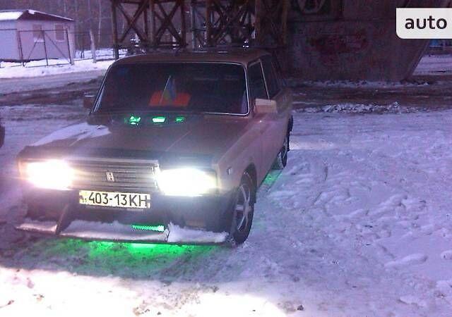 Бежевый ВАЗ 2105, объемом двигателя 1.5 л и пробегом 11 тыс. км за 572 $, фото 1 на Automoto.ua