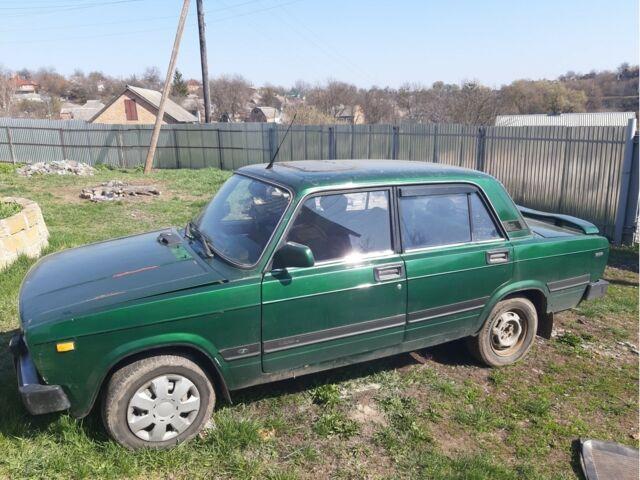 Зеленый ВАЗ 2105, объемом двигателя 1.4 л и пробегом 106 тыс. км за 562 $, фото 1 на Automoto.ua