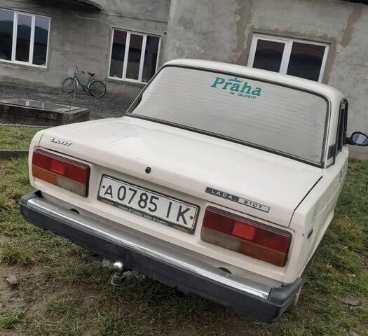 Белый ВАЗ 2107, объемом двигателя 1.6 л и пробегом 300 тыс. км за 850 $, фото 1 на Automoto.ua