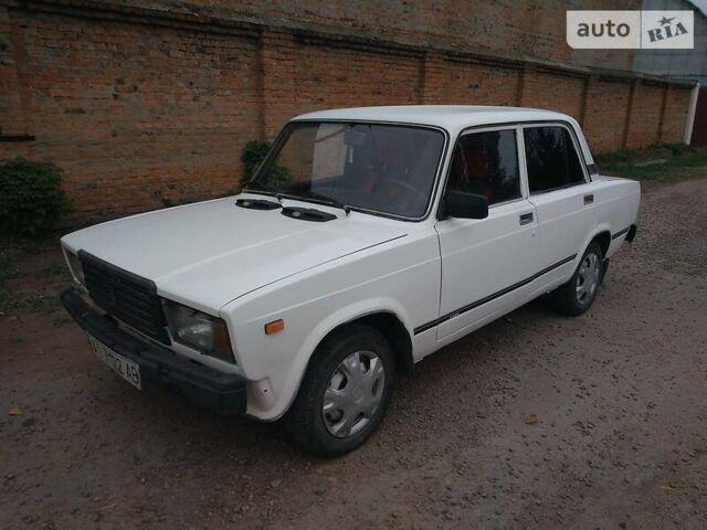 Белый ВАЗ 2107, объемом двигателя 1.5 л и пробегом 37 тыс. км за 1200 $, фото 1 на Automoto.ua
