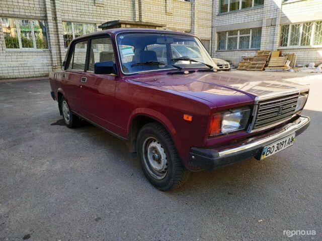 Красный ВАЗ 2107, объемом двигателя 1.6 л и пробегом 111 тыс. км за 1870 $, фото 1 на Automoto.ua