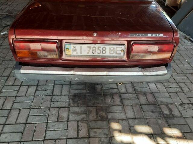 Красный ВАЗ 2107, объемом двигателя 1.6 л и пробегом 135 тыс. км за 1418 $, фото 1 на Automoto.ua