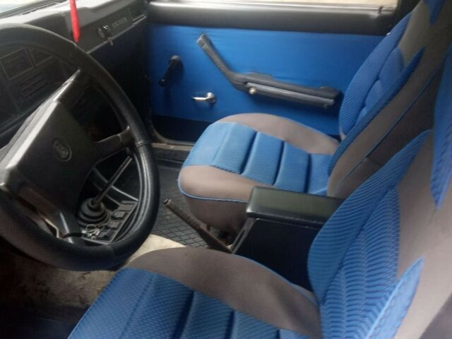 Синий ВАЗ 2107, объемом двигателя 1.5 л и пробегом 100 тыс. км за 900 $, фото 1 на Automoto.ua