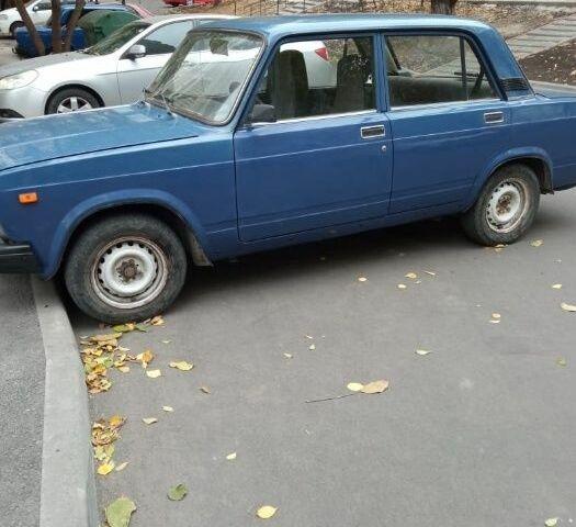 Синий ВАЗ 2107, объемом двигателя 1.5 л и пробегом 108 тыс. км за 1800 $, фото 1 на Automoto.ua
