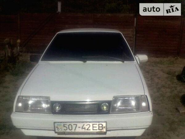 Белый ВАЗ 2108, объемом двигателя 1.3 л и пробегом 14 тыс. км за 2800 $, фото 1 на Automoto.ua