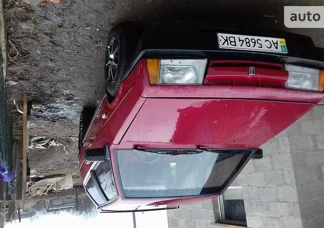 Красный ВАЗ 2108, объемом двигателя 1.5 л и пробегом 94 тыс. км за 1100 $, фото 1 на Automoto.ua