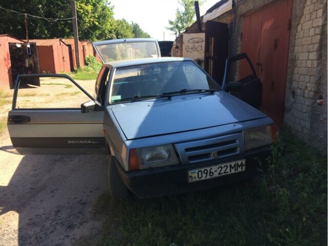 Серый ВАЗ 2108, объемом двигателя 1.1 л и пробегом 10 тыс. км за 1200 $, фото 1 на Automoto.ua