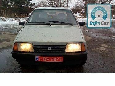 Серый ВАЗ 2109, объемом двигателя 1.5 л и пробегом 180 тыс. км за 2150 $, фото 1 на Automoto.ua