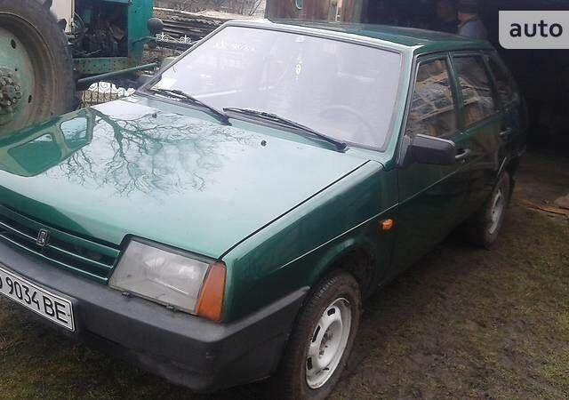 Зеленый ВАЗ 2109, объемом двигателя 1.3 л и пробегом 60 тыс. км за 2150 $, фото 1 на Automoto.ua