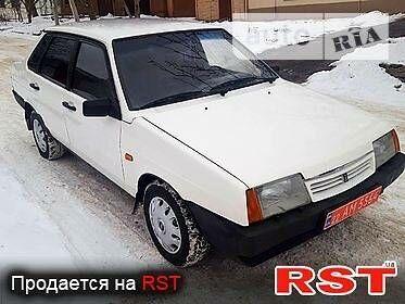 Белый ВАЗ 21099, объемом двигателя 1.5 л и пробегом 147 тыс. км за 2100 $, фото 1 на Automoto.ua