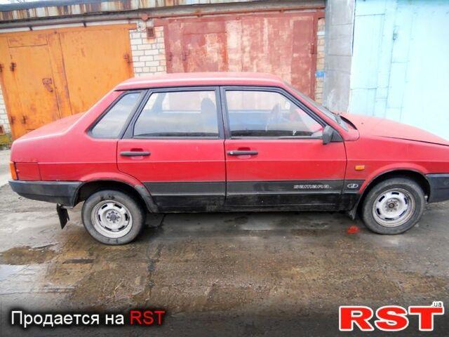 Красный ВАЗ 21099, объемом двигателя 1.3 л и пробегом 150 тыс. км за 1500 $, фото 1 на Automoto.ua