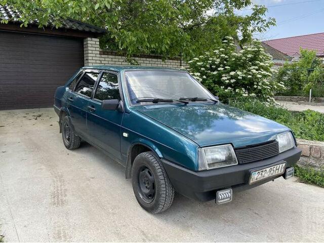 Зеленый ВАЗ 21099, объемом двигателя 1.6 л и пробегом 51 тыс. км за 2100 $, фото 1 на Automoto.ua