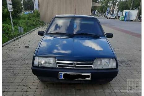 Зеленый ВАЗ 21099, объемом двигателя 1.5 л и пробегом 320 тыс. км за 2600 $, фото 1 на Automoto.ua