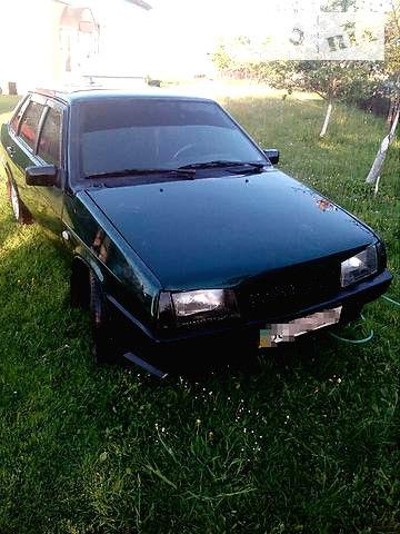 Зелений ВАЗ 21099, об'ємом двигуна 0 л та пробігом 98 тис. км за 2100 $, фото 1 на Automoto.ua